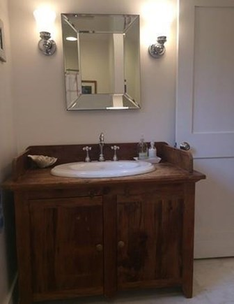 Barnstable, Centerville Cape Cod vacation rental - Downstairs bath