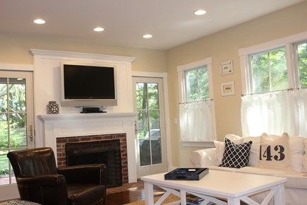 Centerville Centerville vacation rental - Spacious living with wood burning fireplace