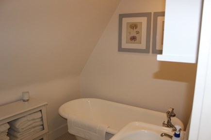 Centerville Centerville vacation rental - Master bath with clawfoot tub