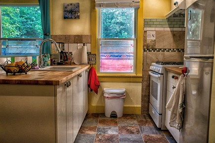 Wellfleet Cape Cod vacation rental - A full kitchen, bright and cheerful