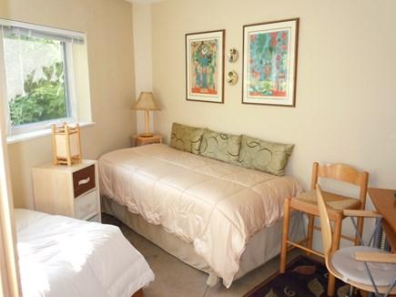 Wellfleet Cape Cod vacation rental - Twin bed 1