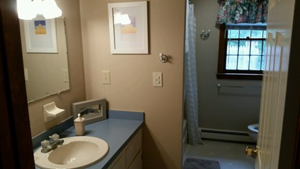 Brewster Cape Cod vacation rental - First Floor Bath
