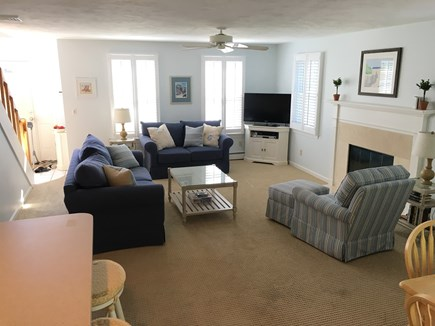 Mashpee, Popponesset Cape Cod vacation rental - Large, bright and open living room