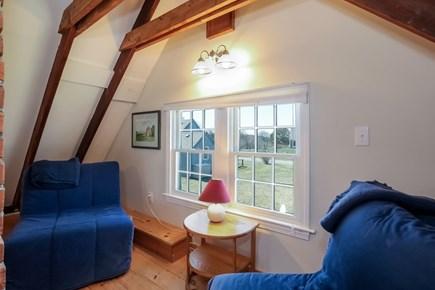 Barnstable, Cummaquid Cape Cod vacation rental - Sitting & Futon