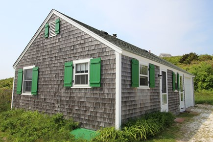 Truro Cape Cod vacation rental - Studio Next Door Sleeps 4