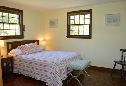 Chatham (Ridgevale Beach area) Cape Cod vacation rental - Bedroom with double bed (upstairs)