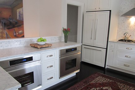 Provincetown Cape Cod vacation rental - Kitchen with double ovens