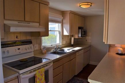 Hyannis, Kalmus Beach Cape Cod vacation rental - Kitchen