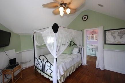 Sagamore Beach, Sandwich Sagamore Beach vacation rental - Bedroom 1 Queen bed with ensuite bathroom