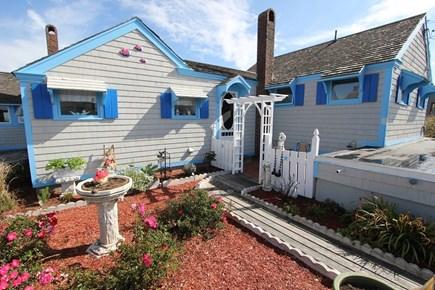 Sagamore Beach, Sandwich Sagamore Beach vacation rental - Entrance with patio and bistro set