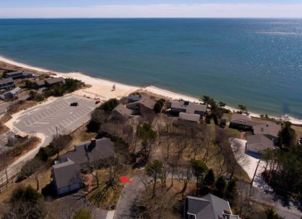 Harwich  Cape Cod vacation rental - Home overhead shot showing location and Earle Street Beach