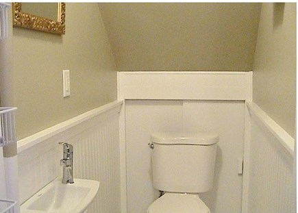 Orleans on Crystal Lake, close Cape Cod vacation rental - Half-bath fittings
