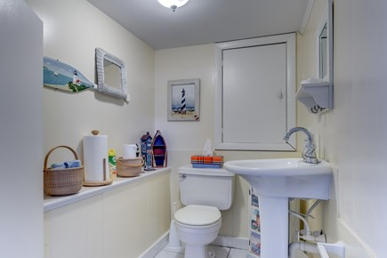 Mashpee, Popponesset Cape Cod vacation rental - Lower level half bath