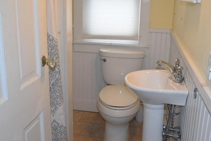 Orleans Cape Cod vacation rental - Bath /full shower