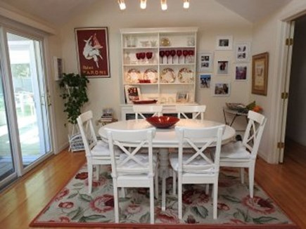 Centerville Centerville vacation rental - Dining room table