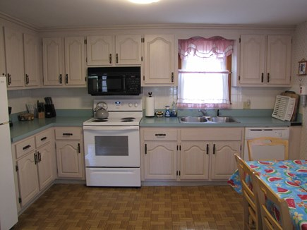 South Yarmouth Cape Cod vacation rental - Eat in kitchen