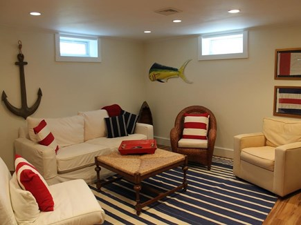 Harwich Port Cape Cod vacation rental - Comfy and New