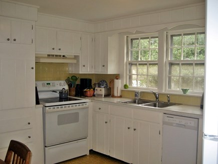 South Harwich Cape Cod vacation rental - Kitchen -Dishwasher, Electric Appliances