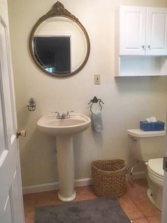 Barnstable Village Cape Cod vacation rental - Master (1/2) bath