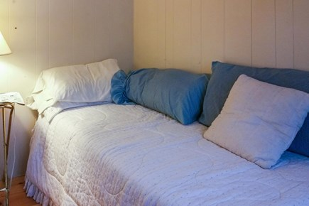 Wareham MA vacation rental - Second twin bed
