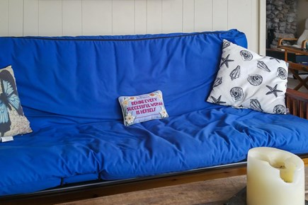 Wareham MA vacation rental - Sofa bed for friends