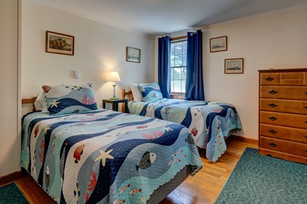 Orleans Cape Cod vacation rental - Bedroom with two twins