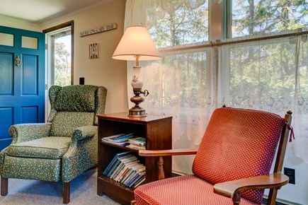 Orleans Cape Cod vacation rental - Armchairs for the entry way