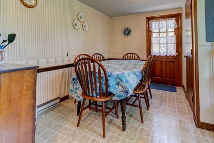 Orleans Cape Cod vacation rental - Dinner table for the whole family