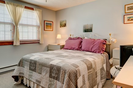 Provincetown Cape Cod vacation rental - Comfortable queen bed