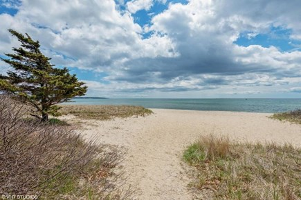 Hyannis Cape Cod vacation rental - 500 yards down the street to this stunning location