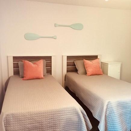 Hyannis Cape Cod vacation rental - 1st floor bedroom - 2 of 3 twin beds
