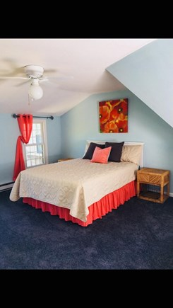Hyannis Cape Cod vacation rental - Extra large master with en suite has a queen bed and a twin