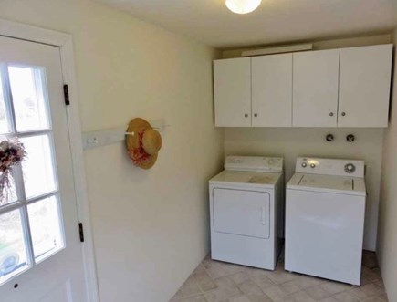 Eastham-Boat Meadow Beach area Cape Cod vacation rental - First floor mudroom/laundry room
