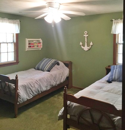 East Dennis Cape Cod vacation rental - 3rd bedroom, with 2 twin beds closet and dresser