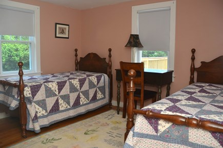 North Chatham Cape Cod vacation rental - Twin beds for siblings