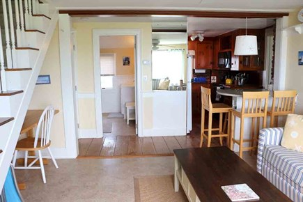 Hyannis Cape Cod vacation rental - The bar-style eating area comfortably seats 5, can accommodate 6