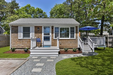 Yarmouth Cape Cod vacation rental - Spacious front step