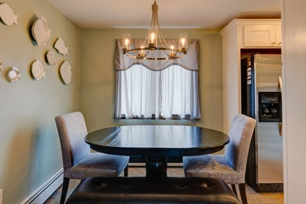 Barnstable, Forestdale Cape Cod vacation rental - Intimate dining area