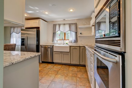 Barnstable, Forestdale Cape Cod vacation rental - Stainless steel appliances