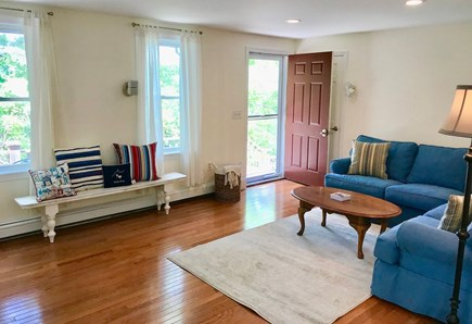 Orleans Cape Cod vacation rental - Living room (view 1)