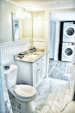 South yarmouth Cape Cod vacation rental - Towels supplied & new washer and dryer