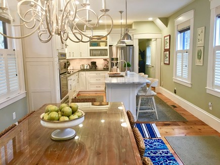 Provincetown, Cape 50 Cape Cod vacation rental - Kitchen and Dining room table