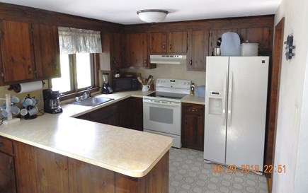 West Chatham Cape Cod vacation rental - Kitchen - 5 burner electric range with convection bake.