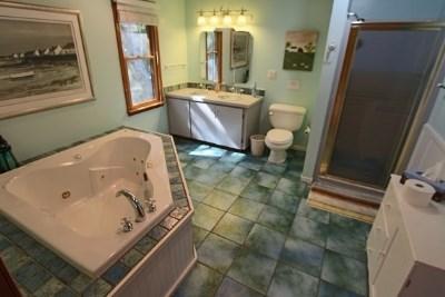 Wellfleet Cape Cod vacation rental - Bath off master bedroom