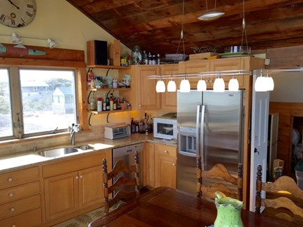 South Wellfleet on the Ocean Cape Cod vacation rental - Granite kitchen counters