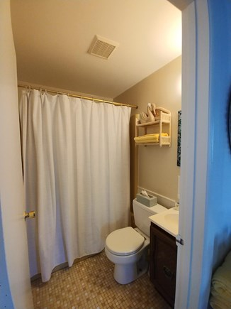 East Sandwich Cape Cod vacation rental - Bathroom Full Tub and Shower