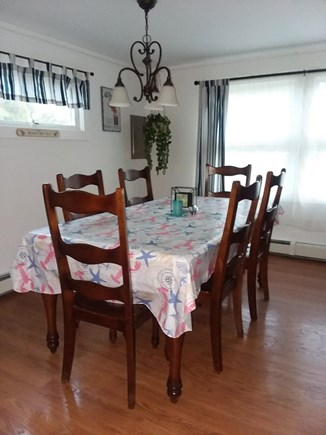 Wellfleet Cape Cod vacation rental - Dining Room - seats 6 comfortable