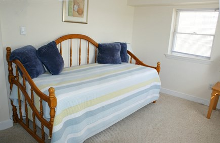 Sandwich, Spring Hill Beach Cape Cod vacation rental - Trundle/Lower Level