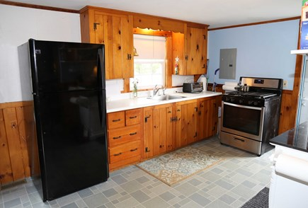 Sandwich, Sagamore Beach Cape Cod vacation rental - Fully equipped Kitchen.
