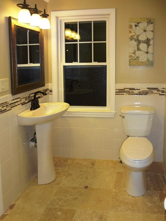 Harwich Port Cape Cod vacation rental - Master Bath